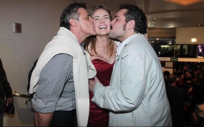 Oscar Magrini, Thaís Pacholek e Tiago Abravanel