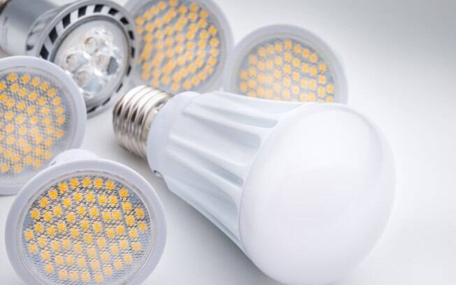 O consumo de energia é reduzido com as lâmpadas de LED