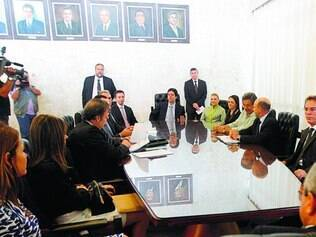 Reunião.  O presidente Dinis Pinheiro reuniu presidentes dos Poderes para discutir a pauta de votação