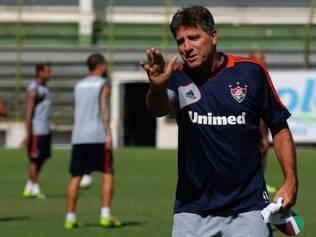 Renato Gaúcho pediu seriedade ao time, apesar da disparidade técnica entre as equipes