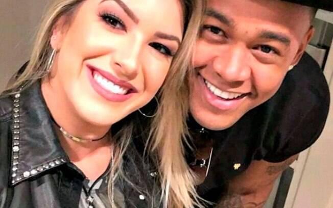 Leo Santana e Lorena Improta
