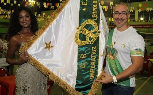 Cris Vianna e o carnavalesco Cahê Rodrigues