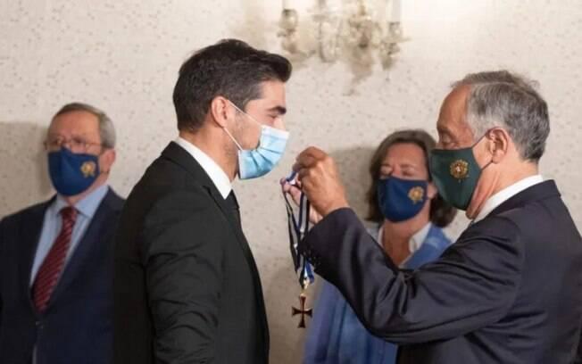Abel Ferreira é condecorado pelo presidente de Portugal