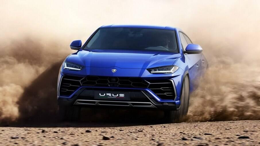 O Urus é o modelo mais vendido da Lamborghini e será o primeiro a ter uma versão híbrida gás-elétrica