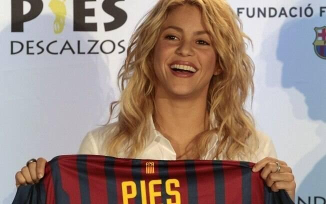 Shakira firma parceria com a Fundação FC Barcelona