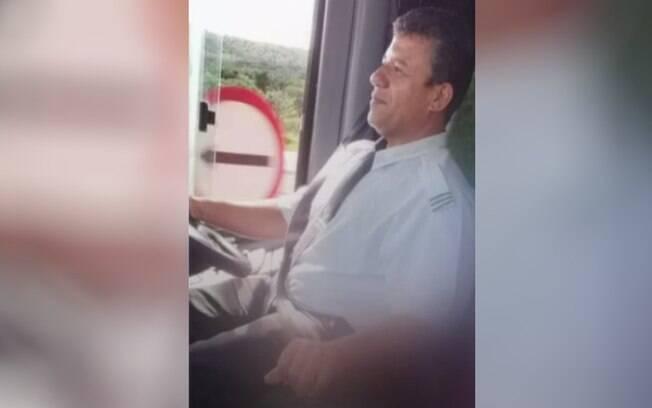 Motorista de ônibus Agnaldo de Assis Fernandes Cardoso.