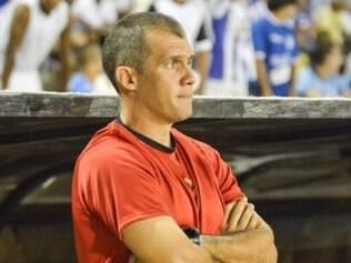 Equipe rubro-negra soma sete pontos em cinco jogos disputados e o treinador Eduardo Baptista espera muito mais