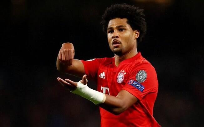 Gnabry testou positivo para Covid-19 e vai desfalcar o Bayern de Munique