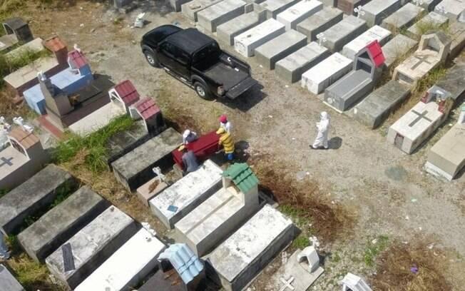 Equador tem 560 óbitos por covid-19; 1.028 mortes estão em investigação