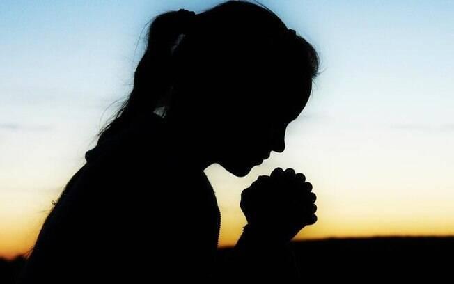 3 orações iluminadas para proteger a sua saúde