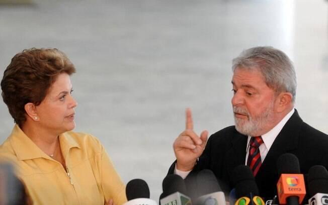 """Ex-presidente Dilma Rousseff afirmou que Lula """"jamais interferiu"""" nas atividades do governo durante o mandato dela"""