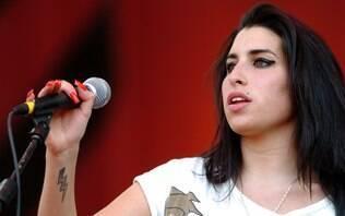 Amy Winehouse: seu talento, discografia, carreira e mais