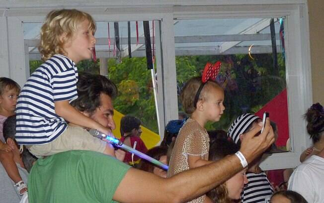 Thiago registrou os momentos de folia em família