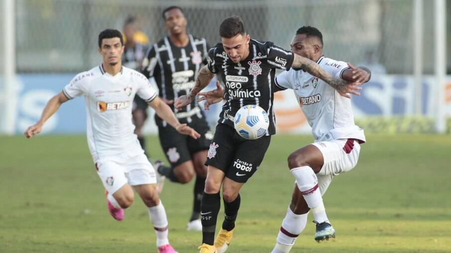Fluminense e Corinthians ficaram só no empate no primeiro turno do Brasileirão
