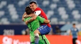 Confira os mercados para apostar no jogo entre Chile e Paraguai
