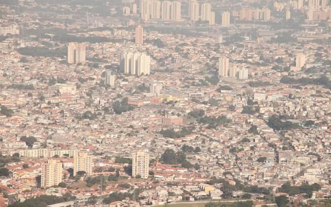 Baixos índices de umidade aumentam poluição do ar na capital de São Paulo