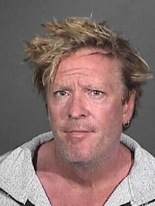 Michael Madsen é preso por suspeita de agressão infantil contra seu filho adolescente