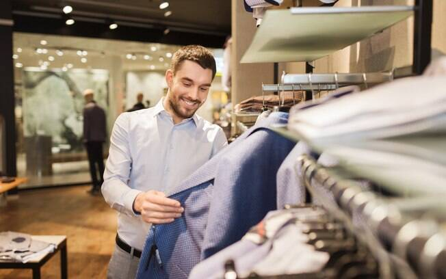 Intenção de compra do consumidor atinge menor patamar desde 2002
