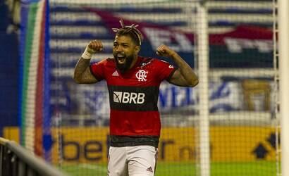 Com emoção! Flamengo vira sobre o Vélez pela Libertadores
