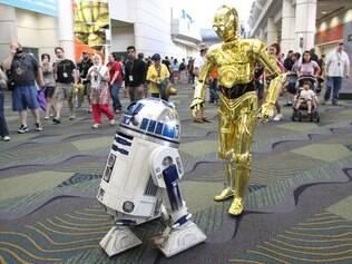 R2-D@ e C3-PO são exemplos de robôs