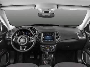 Jeep Compass também impressiona pelo conforto a bordo e pelo nível de equipamentos