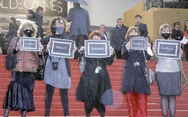 Recentemente, as mulheres do La Barbe invadiram o tapete vermelho do Festival de Cannes