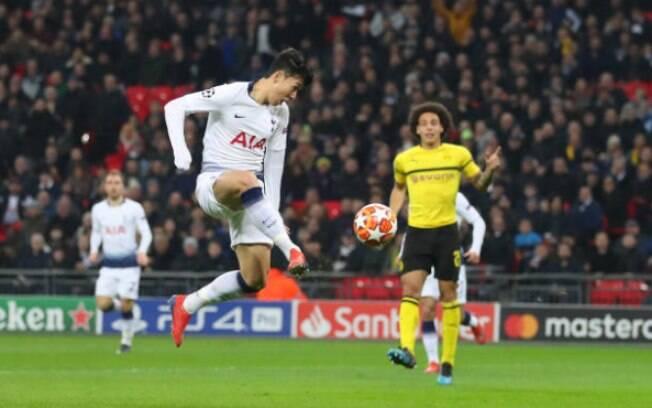 Son marcou no primeiro jogo das oitavas de final contra o Borussia Dortmund