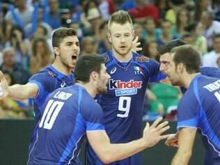 Seleção italiana segue viva na briga pelo nono título da Liga Mundial de vôlei