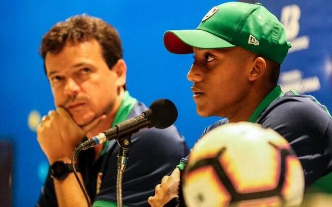 O Barcelona está monitorando a situação de João Pedro, do Fluminense.
