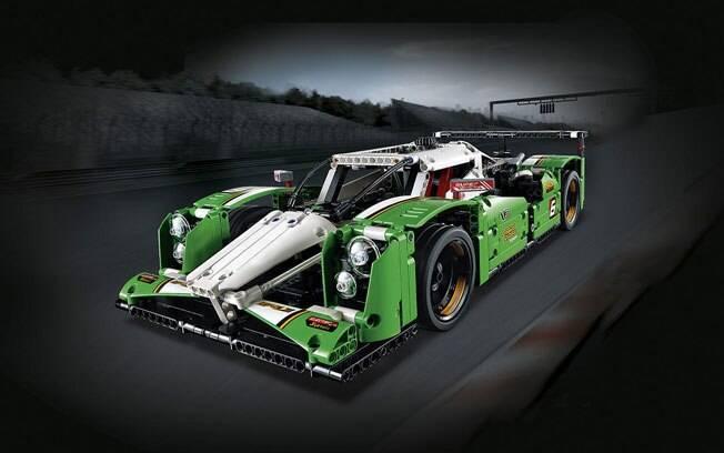 Os protótipos da categoria LMP1 do WEC também viraram Lego, no modelo 24 Hours Race Car, com um motor V8 e portas asa-de-gaivota.