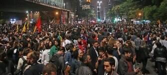 Ao menos dez Estados e DF têm protestos contra o impeachment de Dilma