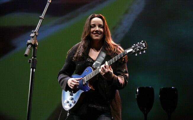 Ana Carolina grava DVD no Rio de Janeiro