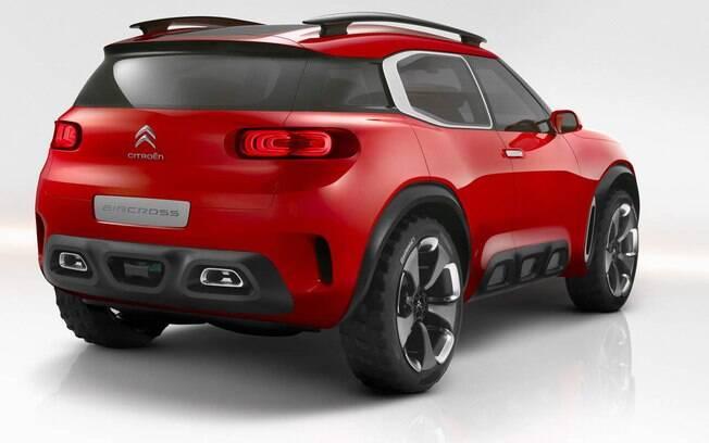 Sob o capô do Citroën Concept Aircross estão dois motores: o 1.6 turbo de 220 cv e o elétrico de 95 cv.