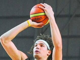 Expectativa. Pivô da NBA, Anderson Varejão acredita que o Brasil tem chances de medalha no Mundial