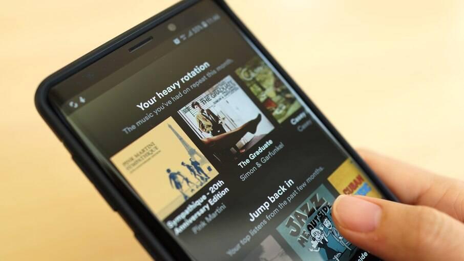 Spotify lança plataforma para assinar podcasts