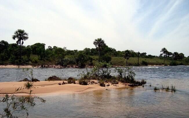 A força e beleza das águas desfazem a ideia de deserto que se formou nessa região isolada do Brasil