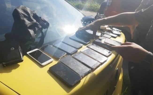 Suspeito foi preso após roubar vários celulares