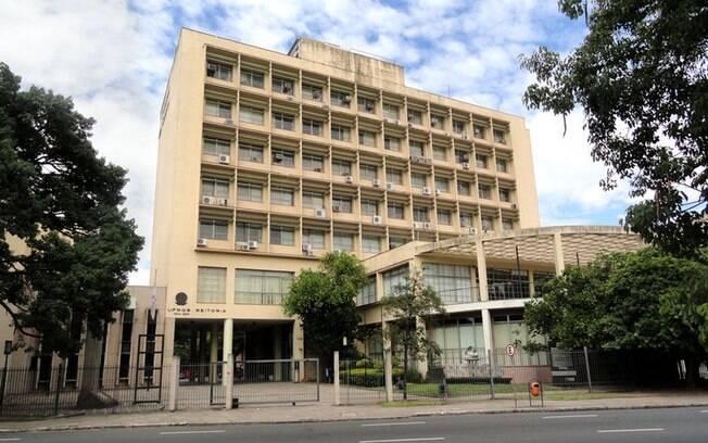 RANKING CWUR - Posição no País: 5ª) Universidade Federal do Rio Grande do Sul (UFRGS). Foto: Wikimedia Commons