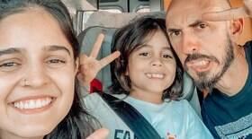Família troca carreira e apto. pela vida em motorhome