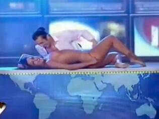 """Larissa Riquelme praticamente nua no """"Bailando por Um Sueño"""""""