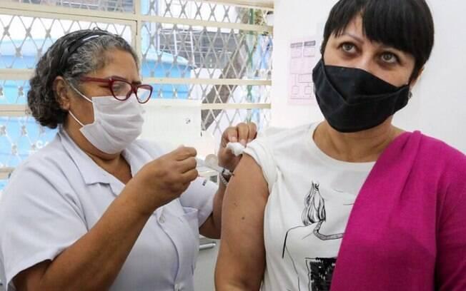 Sumaré inicia vacinação contra a covid-19 em moradores a partir de 43 anos