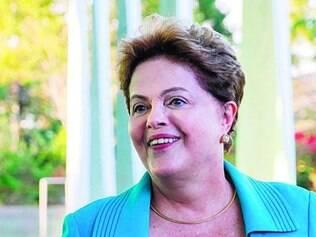 Dilma tem tentado quebrar o semblante fechado de mau humor