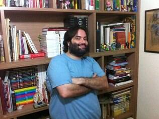 Rogério já gastou em uma semana quase mil reais com livros, CDs e DVDs