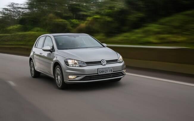 Tal como o rival Ford Focus, o VW Golf feito no Paraná também passa por maus bocados no mercado brasileiro.
