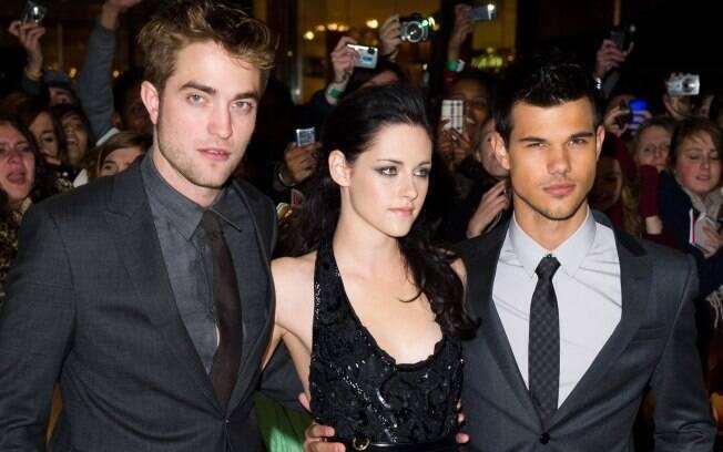 O trio de atores Kristen Stewart, Robert Pattinson e Taylor Lautner