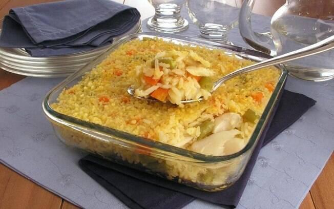 Arroz de bacalhau para um almoço prático e saboroso