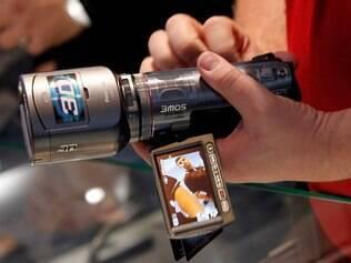 SDT750: filmadora da Panasonic com recurso 3D