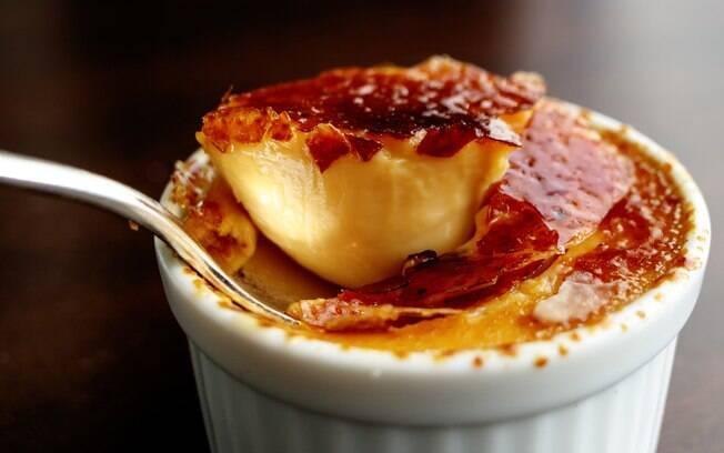 Foto da receita Receita fácil e descomplicada de crème brûlée pronta.