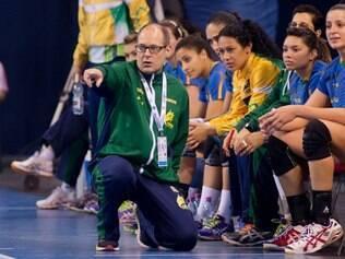 Soubak espera tirar o máximo das atletas durante treinamentos
