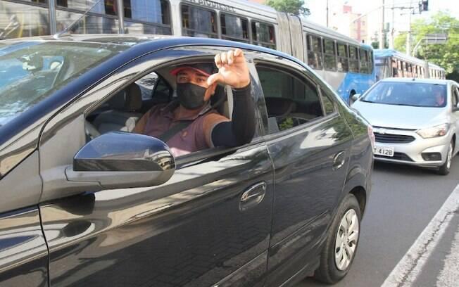 Motoristas de aplicativos fazem protesto em Campinas
